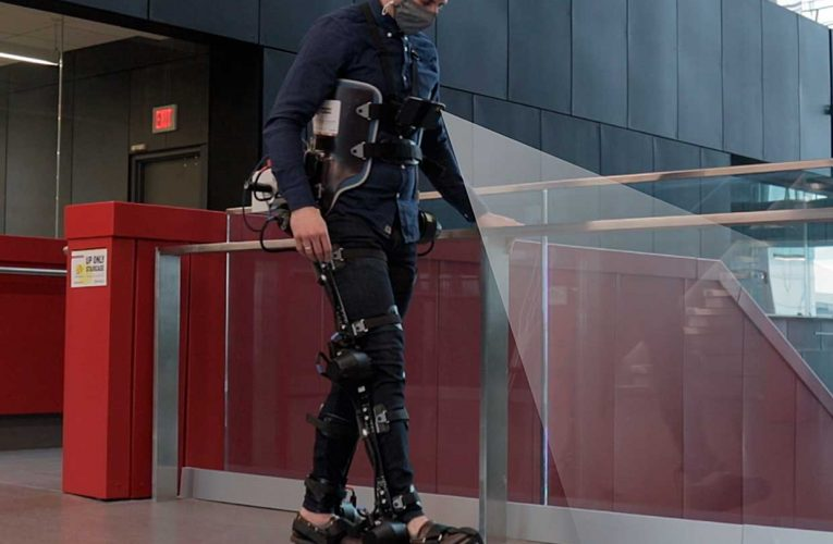 Robotic Exoskeletons Could One Day Walk By Themselves